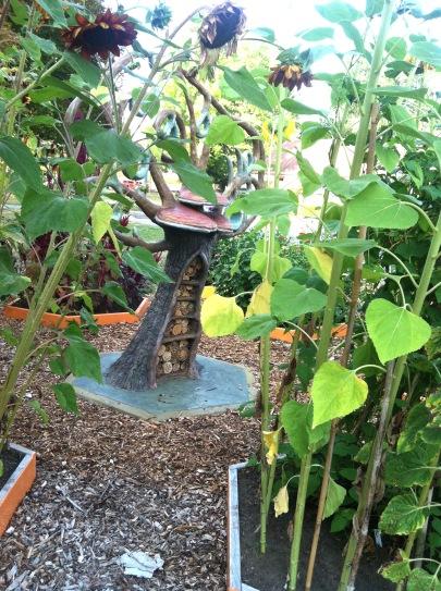 Pollinator Tree_Garden1